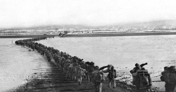 回眸峥嵘岁月——致敬中国人民志愿军