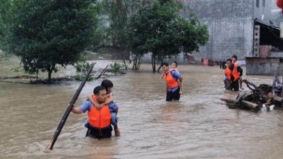 戰風雨 斗洪水 護平安——湖南洪澇災區一線見聞