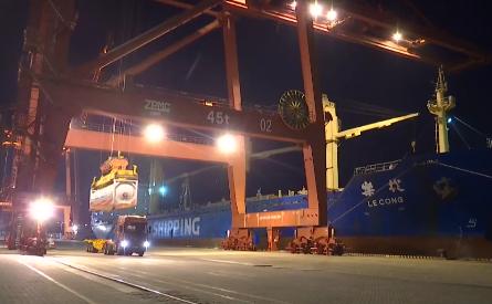 洋浦向打造國際能源集散地邁出重要一步 我國首船LNG罐箱裝載在洋浦港起航