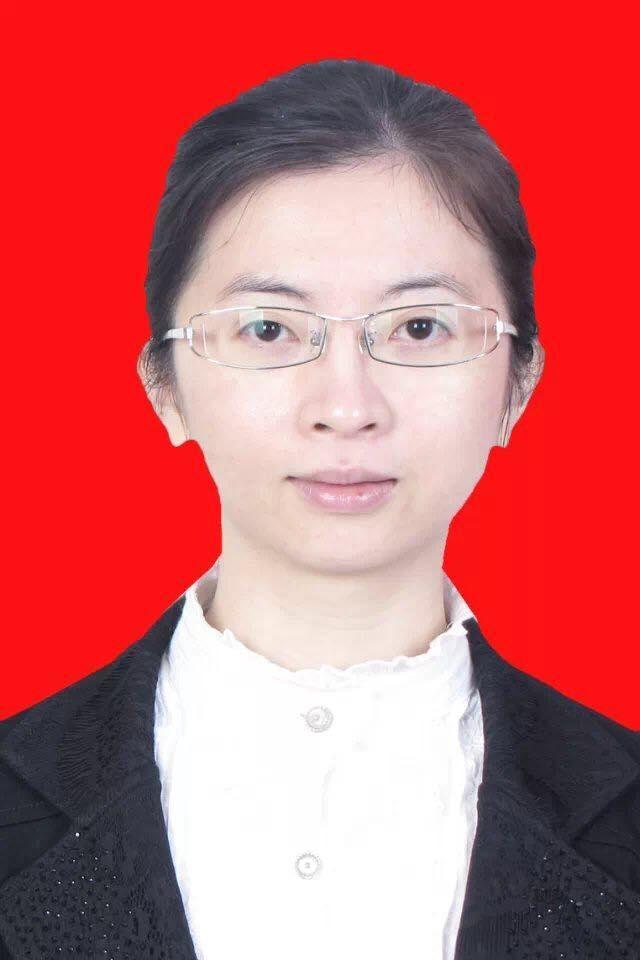 04号 张莉莉  财务部总台管理组主管