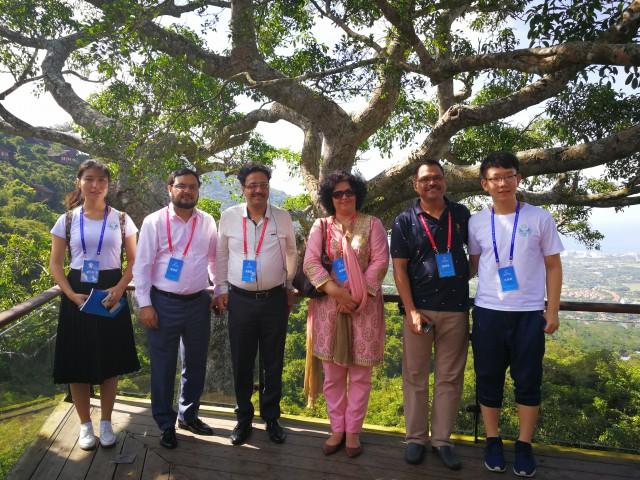 组图 上合组织成员国文化部代表团参观亚龙湾热带天堂森林公园