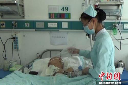 中国抗癌药品费用为何过高?国家卫健委回应