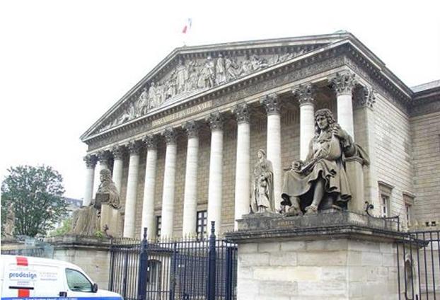 法国内阁2019年首次会议聚焦改革 示威者称将继续抗议