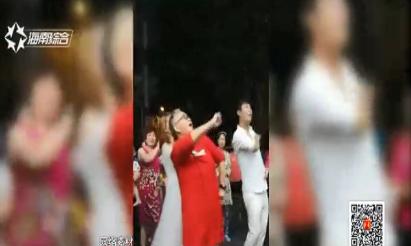 """兴隆网红""""奶奶""""走红 恋上海南第二故乡"""