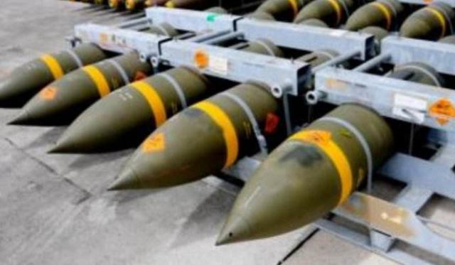 俄空天军对叙极端组织一处弹药库实施精准打击