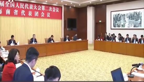 海南代表团继续审议两高工作报告刘赐贵 沈晓明 张业遂出席