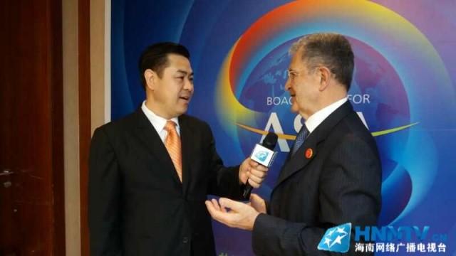 博鳌对话快讯|欧盟委员会前主席普罗迪接受海南广电融媒体记者独家专访