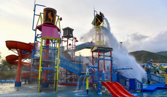 陵水富力海洋欢乐世界麦迪卡斯水乐园举办试运营预览仪式