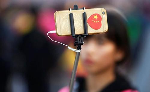 感谢美国让中国青年更团结