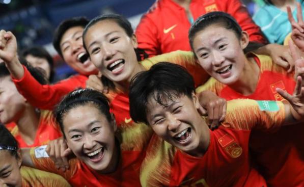 李影一剑封喉 中国女足1:0胜南非