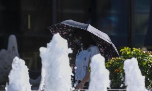 中央氣象臺繼續發布高溫黃色預警、暴雨藍色預警