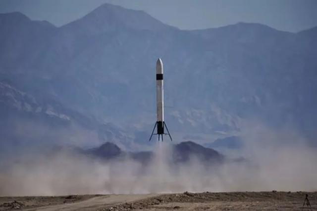 """中国民营可回收火箭完成""""三连跳""""!这次超过300米"""