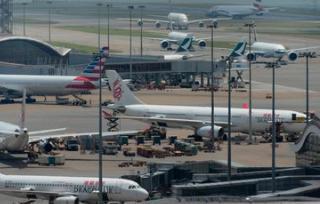 香港各界严厉谴责机场暴力行径 批激进示威者令香港蒙羞