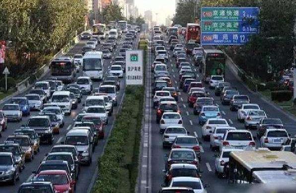 上海颁发智能网联汽车示范应用牌照,自动驾驶离你我还有多远?