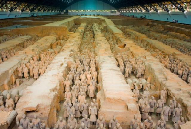新中国峥嵘岁月 震惊世人的考古发现