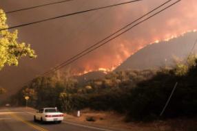 为防野火 美国加州迎来史上最大规模预防性停电