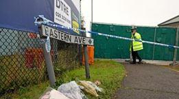 英警方再通缉两人:他们对货车案调查至关重要