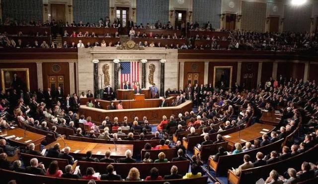 """美众院拟下周就弹劾调查公开听证 或坐实""""通乌"""""""