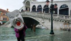 """因投票率低威尼斯自治失败 """"水城""""治水何去何从?"""