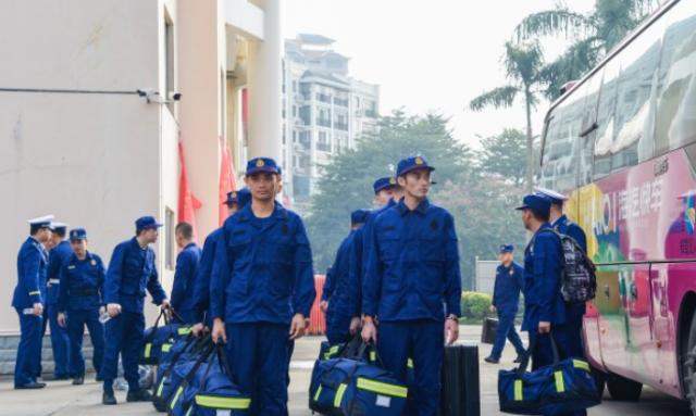 海南省260名新招录消防员正式入营集训