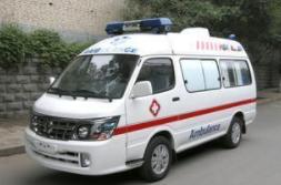 海南交警全力保障重点车辆运输安全畅通