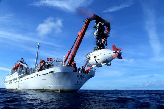 习近平领航科技强国新征程