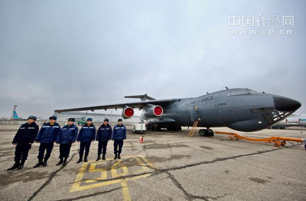 乌兹别克斯坦援助中国医疗物资启运