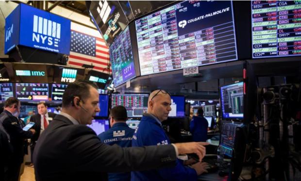 美联储降息后美股暴跌 专家说救市需先控制疫情