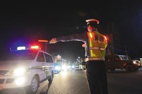 海口警方持续开展酒驾醉驾专项整治行动 查处交通违法行为374起
