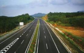 春节期间全省高速公路流量大幅增长  交通安全形势平稳有序