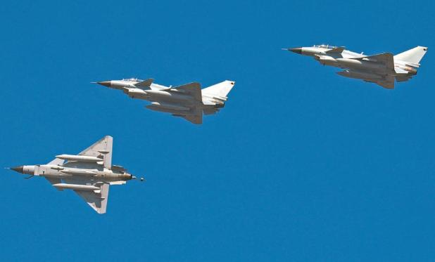 直击东部战区空军航空兵某旅实战化训练