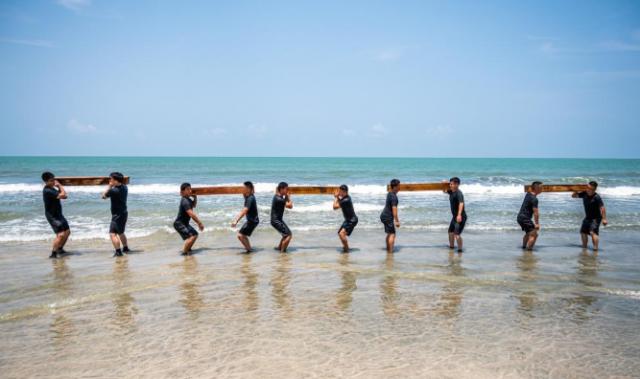 通讯:用青春和汗水守护施工安全——记中国交建马来西亚东海岸铁路项目应急救援队