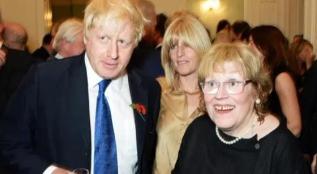 英国首相约翰逊母亲去世,曾靠卖画为生