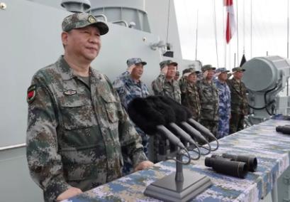 习近平领航人民海军逐梦深蓝